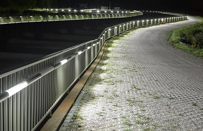 Przepławka na Łabie oświetlona wodoszczelnymi oprawami LED
