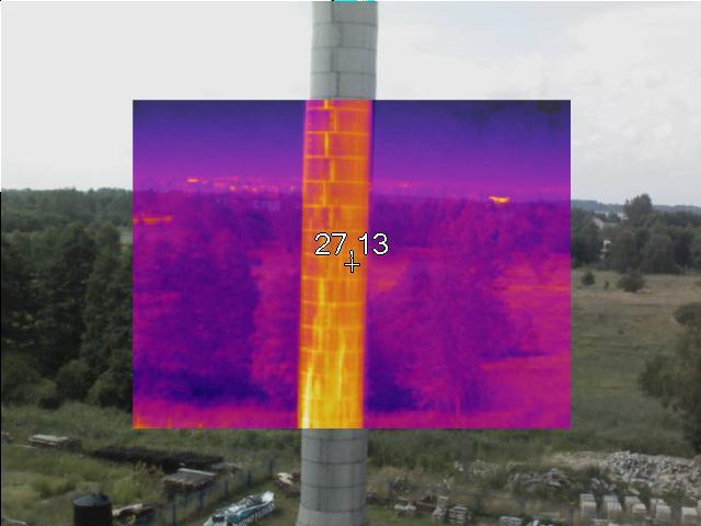 wykorzystując drony pionowego startu możemy na przykład dokładnie obejrzeć wszystkie elementy słupa wysokiego napięcia bez potrzeby wyłączania linii i narażania ludzi na pracę na wysokości