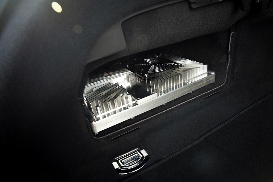 W testowym pojeździe, modelu Audi A7 Sportback, zamontowano 22 czujniki, w tym najnowszy skaner laserowy. Zebrane przy ich pomocy dane przetwarza centralna jednostka sterująca systemu wsparcia kierowcy (zFAS)
