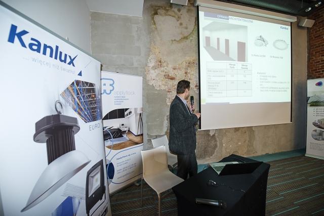 """W prezentacji """"Światło w nowoczesnej oprawie"""" omówione zostały najbardziej efektowne rozwiązania opartych o najnowsze technologie oświetleniow"""