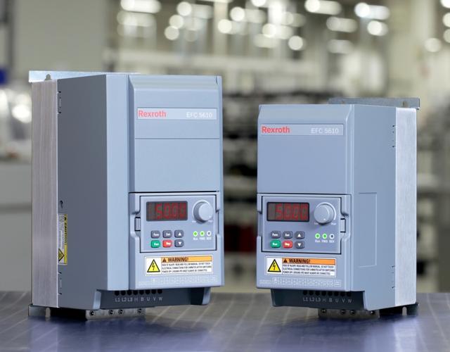 Łatwość wdrożenia, otwarte interfejsy komunikacyjne oraz skalowalność w zakresie wydajności i działania umożliwiają szybką integrację przetwornic częstotliwości EFC 3610 i EFC 5610 z różnego rodzaju środowiskami automatyzacji.