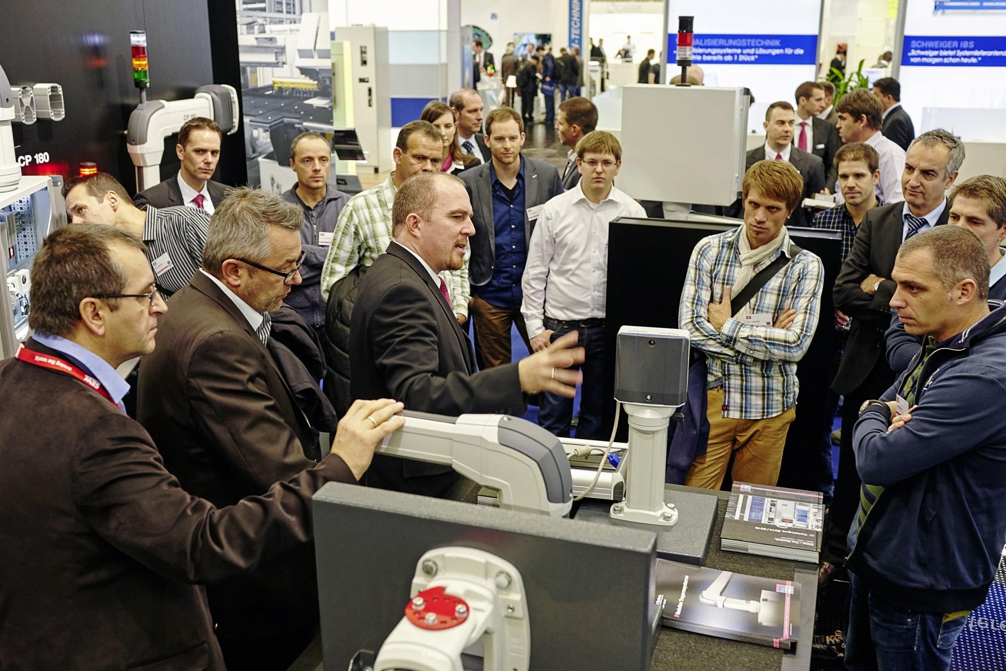Wspólnie z partnerami, klientami i dostawcami Rittal ciągle poszukuje rozwiązań dla optymalizacji łańcuchów tworzenia wartości w produkcji urządzeń sterowniczych i rozdzielczych.