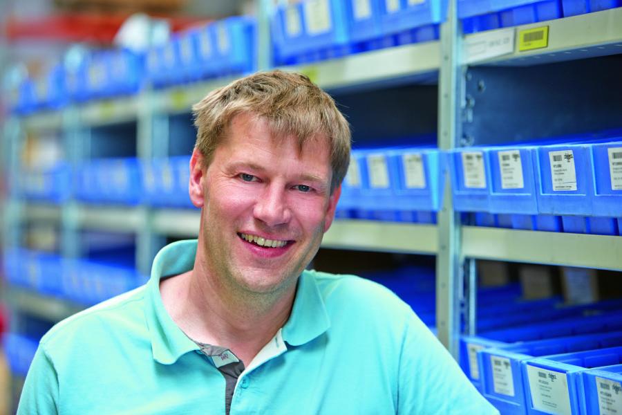 Fot. 3. Olafa Hartmanna, człowieka odpowiedzialnego w firmie Röders TEC za projekty elektryczne, przekonało łatwe i komfortowe przyłączanie przewodów do modułów Rifline