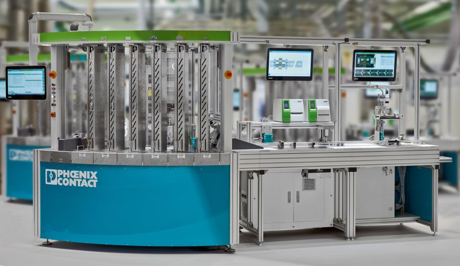 Rysunek 1:  Urządzenia Designline są zgodne z normą VESA 100, co oznacza, że mogą być one montowane bezpośrednio na maszynie za pomocą wsporników lub stojaków.