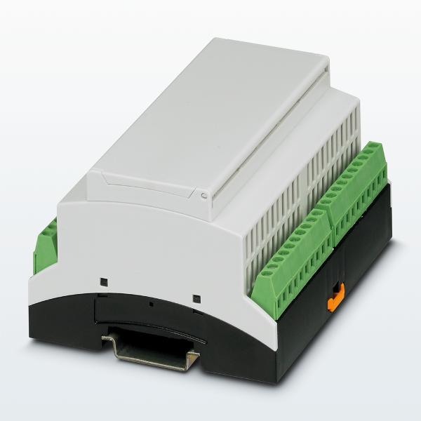Fot.1. Zestaw z obudową serii BC zawiera komplet terminali przyłączeniowych.