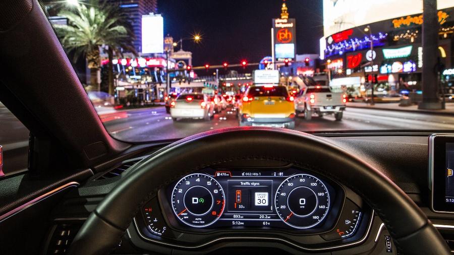 Informacja o sygnalizacji ulicznej w Audi