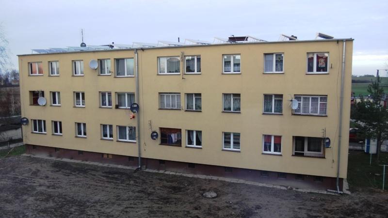 Budynek wielorodzinny w miejscowości Zielonki [źródło: PORT PC/ NIBE-BIAWAR]