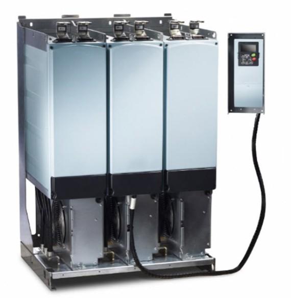 Produkowana przez Eaton seria modułów napędowych ze wspólną szyną DC serii 9000X obejmuje liczne moduły regeneracyjne i falowniki o parametrach znamionowych od 0,55 do 2750 kW przy napięciu 460 i 690 V.