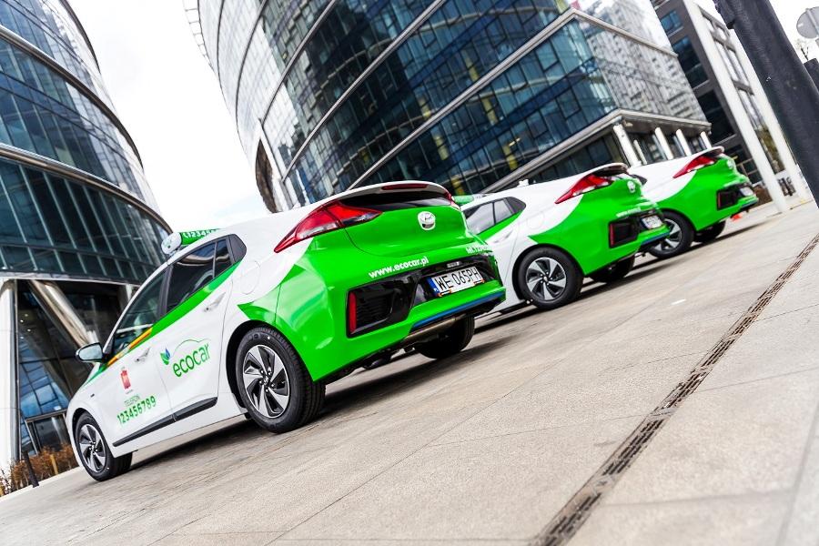 EcoCar powiększa flotę hybrydowych taksówek