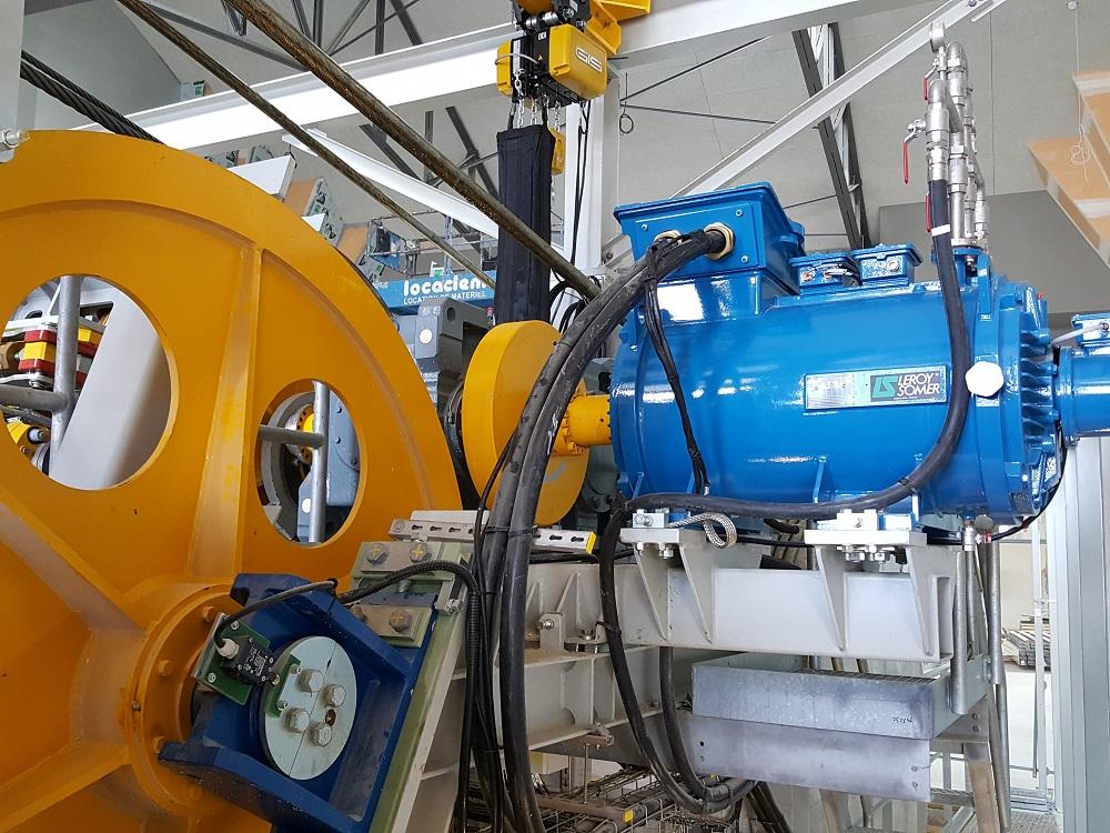 Silnik IMfinity LC produkcji Leroy-Somer napędzający liny pociągowe