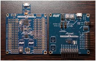 Rys.7a. Zestawienie zestawów uruchomieniowych ATtiny817 Xplained MINI (po lewej) oraz ATtiny817 Xplained PRO (po prawej)