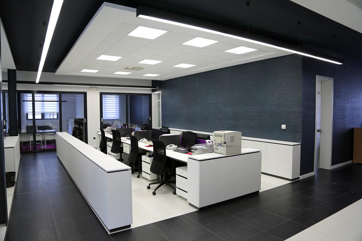 Profesjonalne oświetlenie biurowe z panelami LED PRINCE firmy GTV