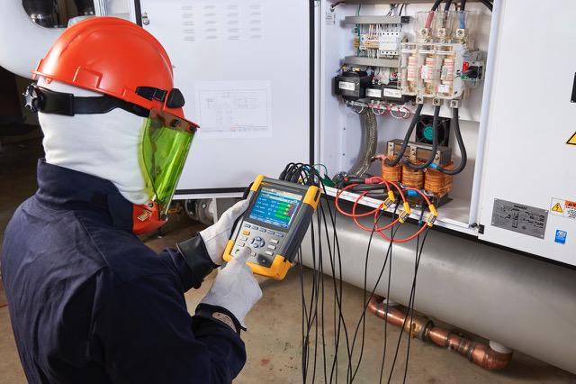 Analizator jakości energii Fluke 438-II