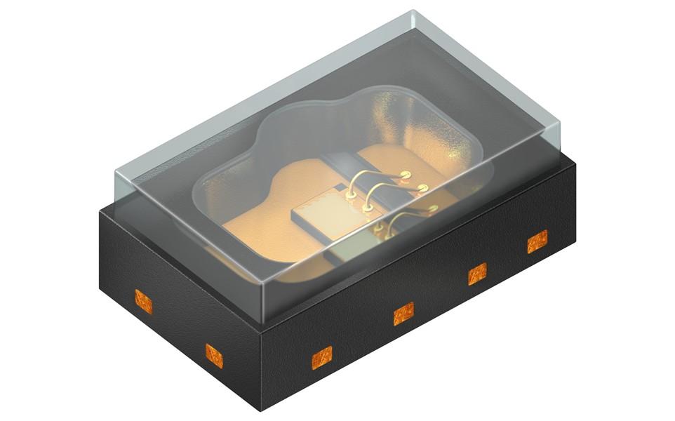 Działająca w technologii VCSEL dioda laserowa emituje światło pionowo na powierzchnię układu półprzewodnikowego