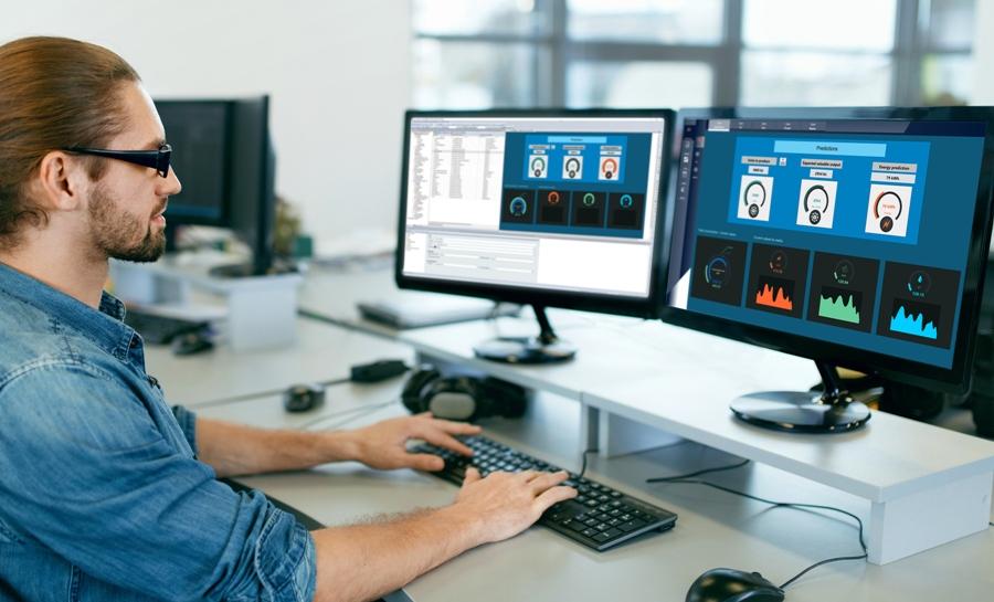 W projektach zenon 8.10 prognozy z zenon Analyzer można wykorzystywać również w module Runtime. Dzięki temu użytkownicy HMI mogą wizualizować predykcyjne trendy na żywo w zakresie zużycia energii lub jakości produktów i odpowiednio wcześnie mogą dopasowywać poszczególne działania.