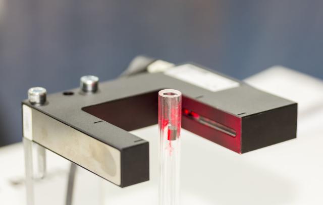 Jak działa czujnik fotoelektryczny?