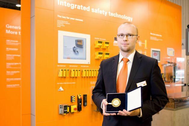 Złoty Medal targów Automaticon 2011 dla ACOPOSmicro firmy B&R