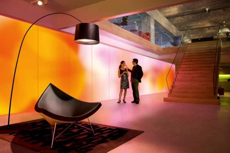 Tapeta LED zaprojektowana przez przez Philips i Kvadrat Soft Cells