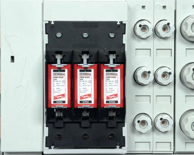 Montaż SPD typu 1 (DEHNbloc NH00) w podstawach bezpiecznikowych