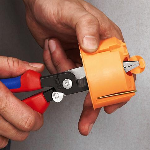 Wielofunkcyjne szczypce dla elektroinstalatorów Knipex