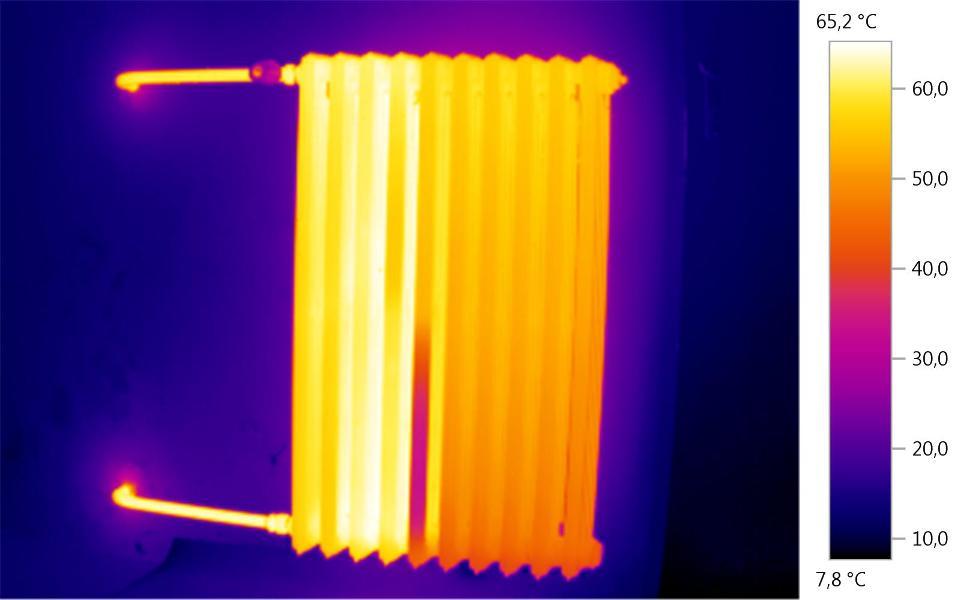 Grzejniki -obraz z kamery termowizyjnej