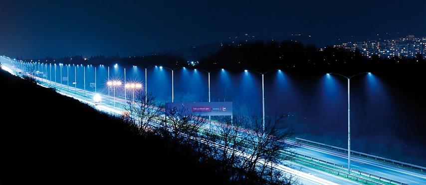 Sharp wprowadza na polski rynek lampy uliczne LED