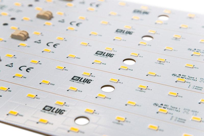 Pierwszy historyczny obwód drukowany (PCB) wyprodukowany przez LUG Light Factory Sp. z o.o.
