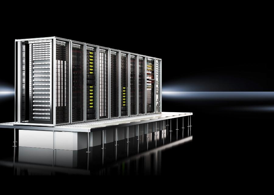 RiMatrix S jest rewolucyjną alternatywą dla indywidualnej budowy centrów danych i przekonuje modelami seryjnymi, krótkimi terminami dostaw oraz wstępnie certyfikowanymi komponentami.