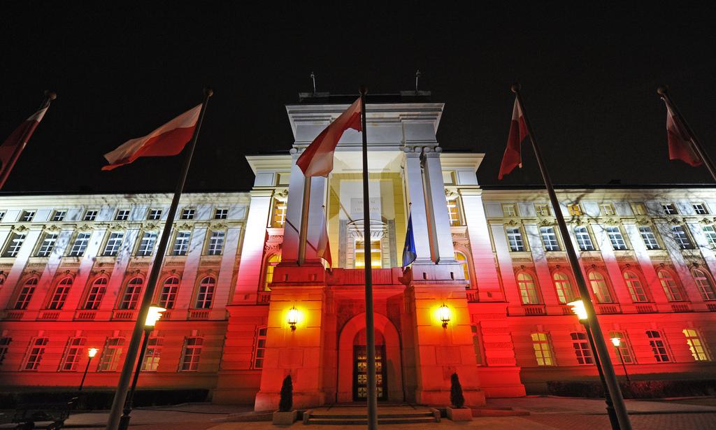 Kancelaria Prezesa Rady Ministrów - iluminacja na 11.11.2013