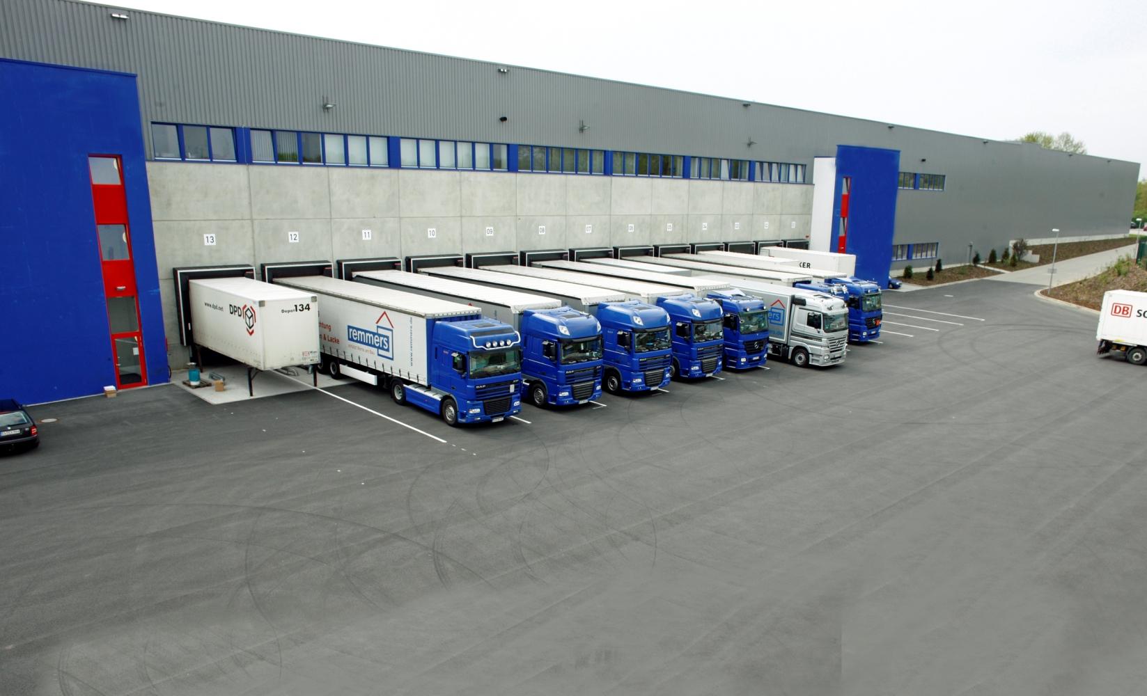 Dzięki Rittal RiMatrix S firma Remmers gwarantuje, że jest w stanie dotrzymać swoich zobowiązań logistycznych.